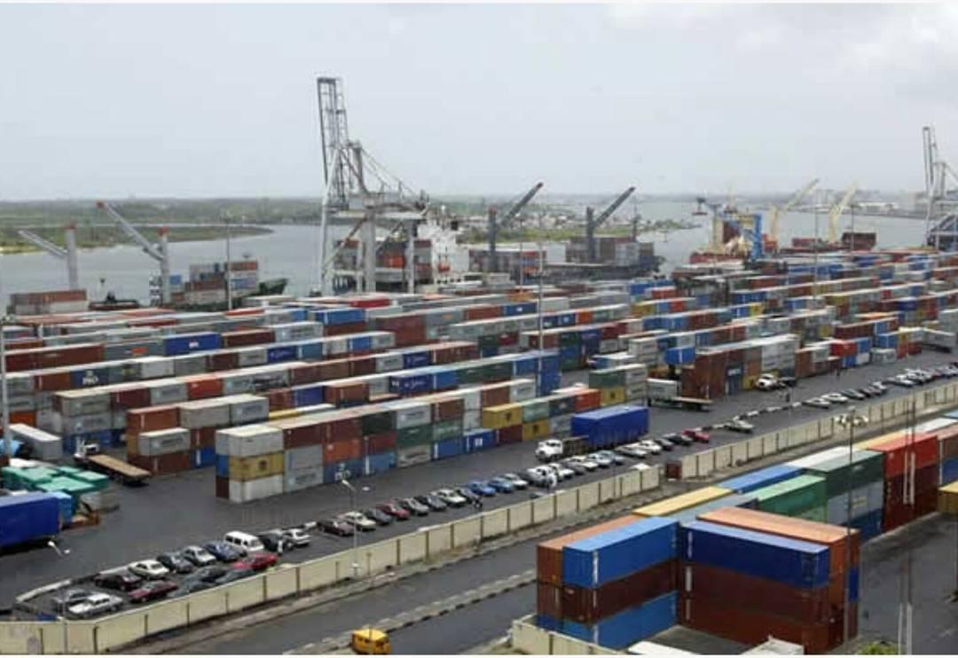 Nigeria's GDP shrinks by 1.3% in 2016 fourth quarter
