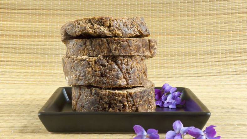 5 important reasons why the African black soap is beneficial to the skin