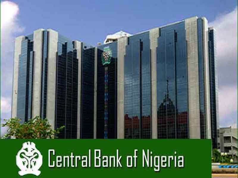 Nigeria's central bank halts forex sales to bureaux de change