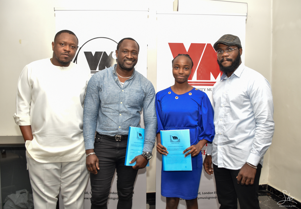 16 year OldChisom Laurel Signs a £50,000 Recording Deal with Virtuosity Music Group[@chisomlaurel @virtuosity_mg]